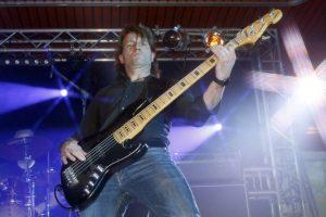 Lennart Kattke - Bass